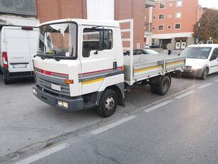 бортовой грузовик NISSAN L50.09 Cassone Fisso 50 qli - Patente C !!!