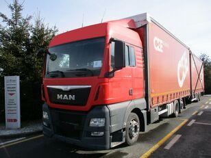 грузовик штора MAN TGX 26.400 6x2 E6