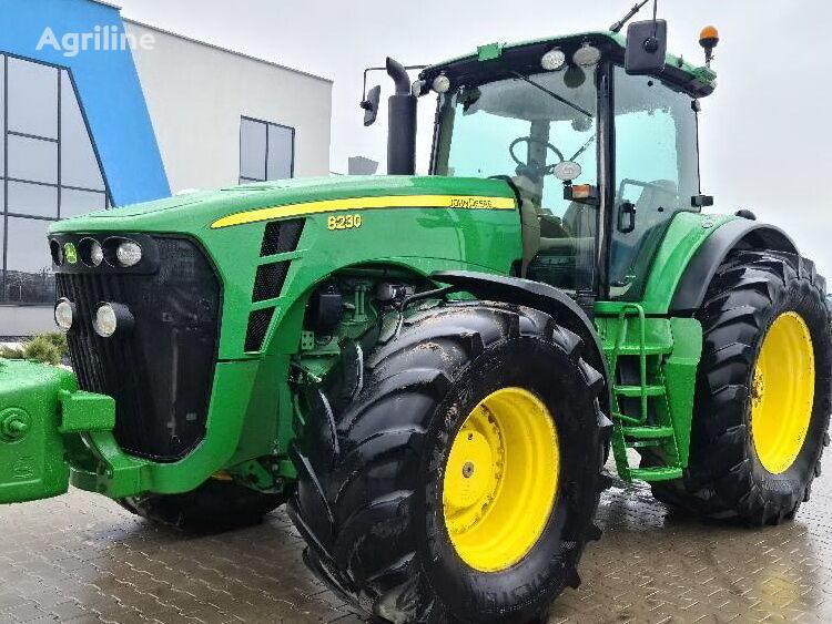 трактор колесный JOHN DEERE 8230