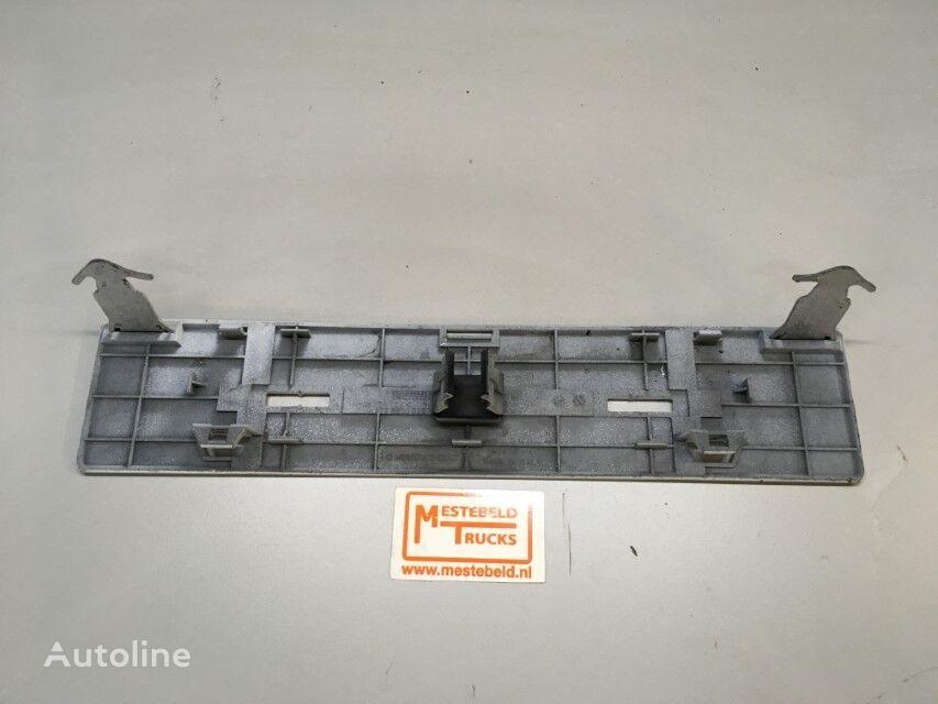 крепежные элементы Klep van nummerplaat MERCEDES-BENZ для грузовика
