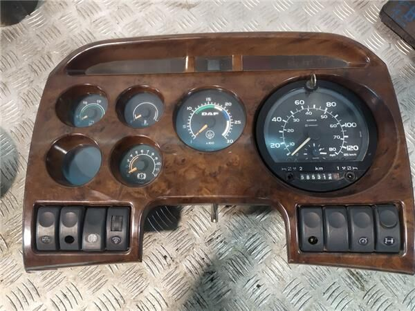 панель приборов Cuadro Instrumentos DAF XF 95 для тягача DAF XF 95