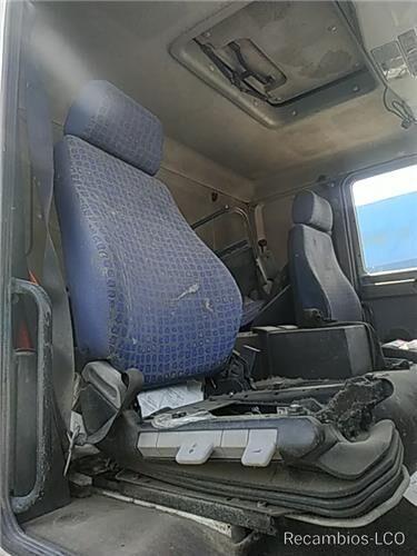 сиденье Asiento Delantero Derecho MAN L 2000 9.225 LLS, LLRS (LE220C) для грузовика MAN L 2000 9.225 LLS, LLRS (LE220C)